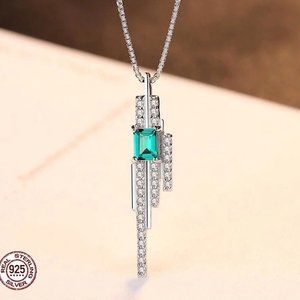 Gorgeous Emerald Tassel Silver Necklace